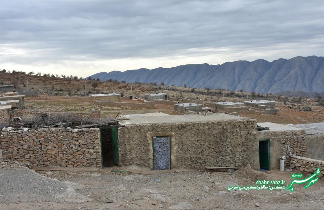 خانه های سنگی روستایی/ روستای کنده ای/ عکس: طاهره کریمی خرمی