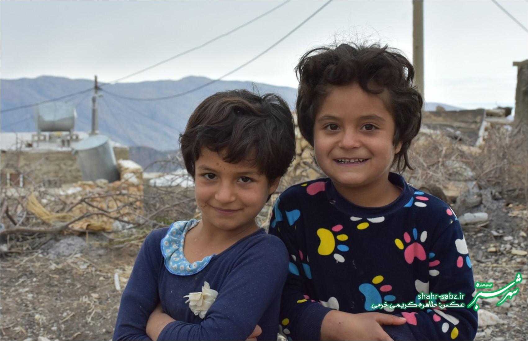 دختران روستای کنده ای/ عکس: طاهره کریمی خرمی