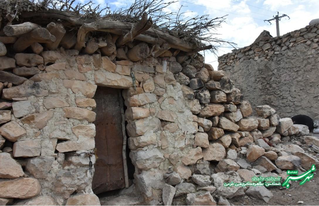 خانه سنگی/ روستای کنده ای/ عکس: طاهره کریمی خرمی